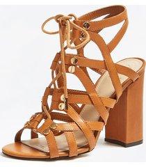 skórzane sandały na obcasie model karlie