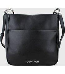 bolso negro calvin klein