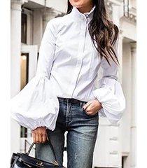 camicetta elegante con colletto alla coreana con bottoni in tinta unita