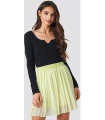 na-kd mini pleated skirt - yellow
