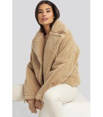 na-kd short teddy zipper jacket - beige
