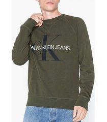 calvin klein jeans washed reg monogram cn tröjor oliv grön