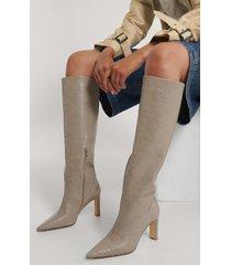 na-kd shoes spetsiga boots med löst skaft - beige