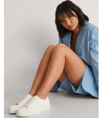 na-kd shoes basic lace up sneakers - white
