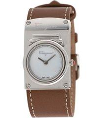 salvatore ferragamo watches relógio boxyz com pesponto contrastante - marrom