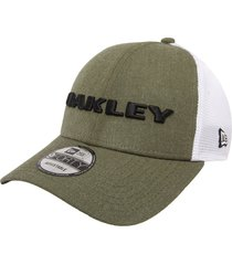 gorra verde-blanca  oakley heather new era dark bush