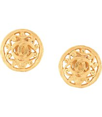 chanel pre-owned 1995 cc oversized earrings - gold