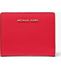 mk portafoglio medio in pelle martellata - rosso brillante (rosso) - michael kors