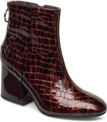 roxter bootie shoes boots ankle boots ankle boot - heel röd steve madden