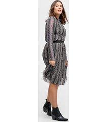 kjol med ormskinnsmönster