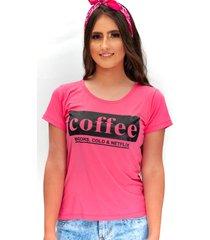 camiseta miss glamour store coffee rosa chiclete - kanui