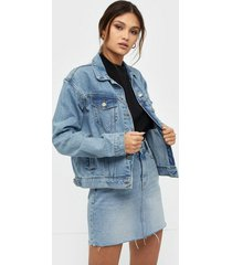 dr denim alva trucker jacket jeansjackor