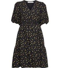 averygz short dress knälång klänning svart gestuz