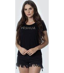 t-shirt daniela cristina gola u profundo 02 602dc10296 preto - preto - feminino - dafiti
