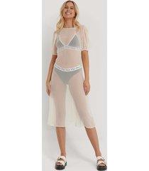 na-kd kortärmad chiffongklänning - white
