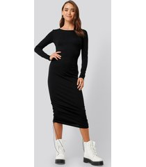 na-kd side tie ruched long sleeve dress - black