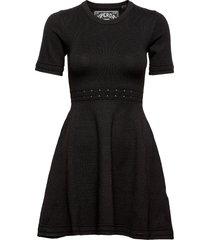 riley fit&flare knitted dress kort klänning svart superdry