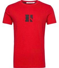 small center ck box tee t-shirts short-sleeved röd calvin klein jeans