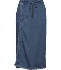 naomi denim knälång kjol blå arnie says