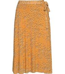 katrina skirt knälång kjol gul soaked in luxury