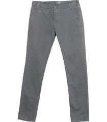 2 men casual pants