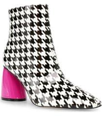 betsey johnson women's regie bootie women's shoes