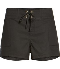 women's la blanca 'boardwalk' shorts, size medium - black (nordstrom exclusive)