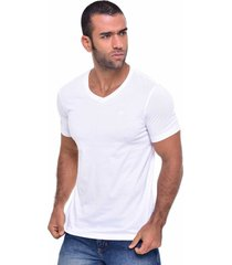 camiseta especial especial quest color blanco