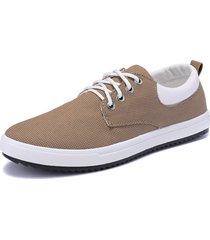 57439a4de scarpe da ginnastica piatte basse da uomo in tela color cuoio con lacci