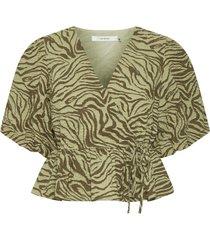 averygz blouse 10905452