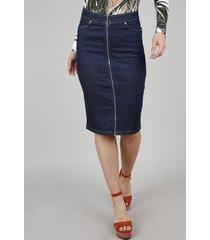 saia jeans lápis feminina com zíper de argola e fenda azul escuro