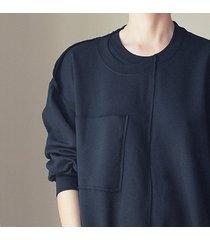 dwie z jednej czarna obszerna bluza