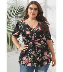blusa con lazo y estampado floral con cuello en v y talla grande diseño