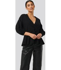 na-kd balloon sleeve drawstring blouse - black
