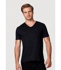 camiseta hering manga curta super slim em algodão com elastano masculina - masculino