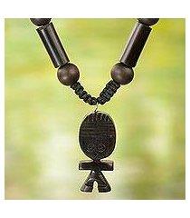 agate and wood beaded pendant necklace, 'tsoobi' (ghana)