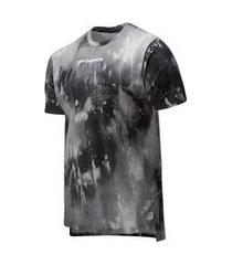 camiseta manga curta estampada new balance heathertech masculina cinza - m