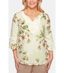 alfred dunner petite santa fe crochet-trim floral-print top