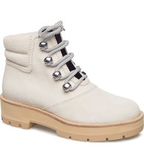 dylan - lace up hiking boot shoes boots ankle boots ankle boots flat heel creme 3.1 phillip lim