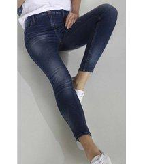 jean para mujer topmark, silueta lilly, plano y cintura con pretina