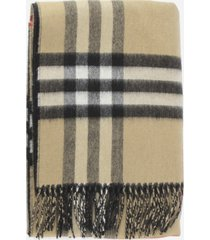 burberry double-sided scarf with tartan motif