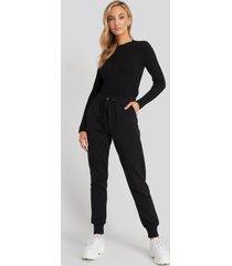 na-kd basic basic sweatpants - black