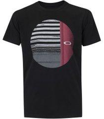 911aeff4d0 Camisetas - Oakley - Preto - 55 produtos com até 60.0% OFF - Jak Jil