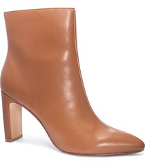 women's chinese laundry erin bootie, size 5.5 m - brown