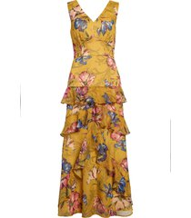 women's chelsea28 floral tiered maxi dress, size small - yellow