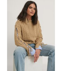 na-kd stickad tröja med spetsdetalj - beige