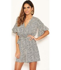 ax paris women's printed wrap frill romper with tie belt