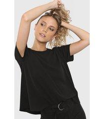 blusa negra desiderata nyasa