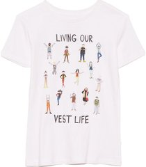 living our vest life short sleeve tee