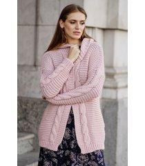 różowy sweter z kapturem rumi